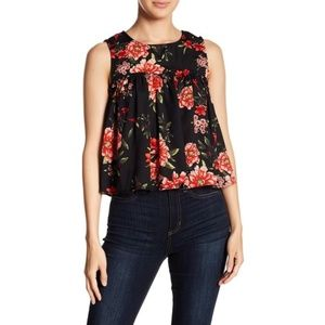 Romeo + Juliet Couture Floral Babydoll Blouse